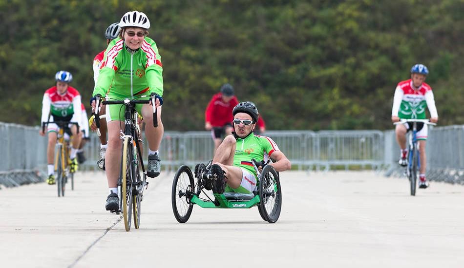 Europäische Spiele Antwerpen 2014 - Radsport Heike Naujoks vor Waldemar Riel beim einfahren. (Foto: Luca Siermann)